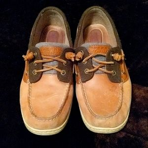 Sperry leather topsiders